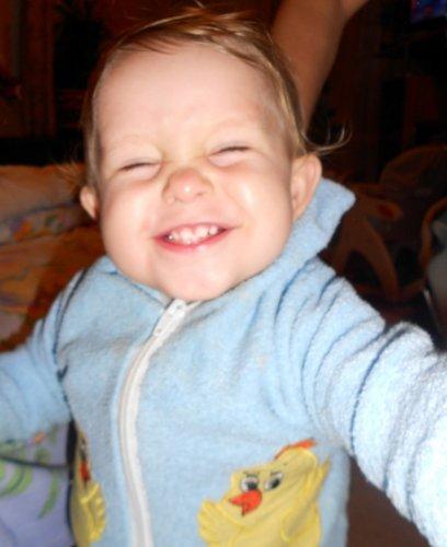 Самая забавная детская улыбка