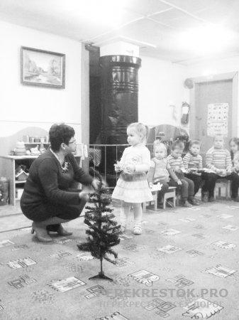 Рождественская елка  в детсаду с. Дубровка