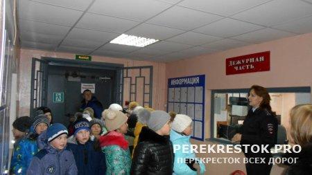 Дни открытых дверей  в бологовском ОМВД