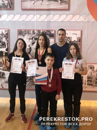 Новые победы бологовских боксеров