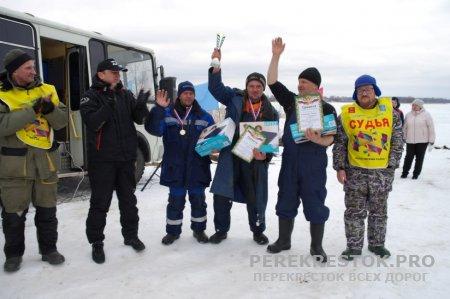 Ловля рыбы на мормышку: соревнования на озере Бологое
