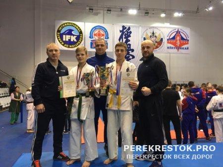 Успехи бологовских  спортсменов на первенстве России по киокусинкай каратэ...