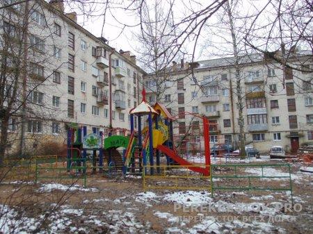 Недетские вопросы о детских площадках